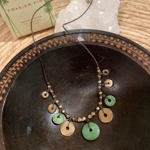 Jewelry - Jade and gold toned necklace NEW